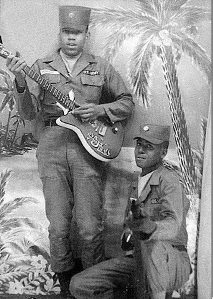 Jimi 1961 Army